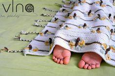 www.VlnaNaPredaj.sk: Motýľová deka crochet butterfly blanket