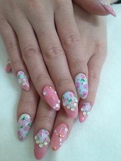 My favourite hime-gyaru nails of all time!