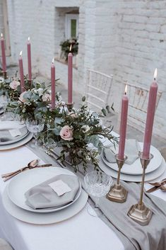 This, but with light pink like my boquet! Pink & Grey Wedding Table With Gold Cutlery - Soft Pink & Grey Wedding Inspiration Shoot From One Stylish Day At Garthmyl Hall With Bridal Separates And Tulle Skirts And Images From Agnes Black Pink And Gold Wedding, Dusty Rose Wedding, Ethereal Wedding, Best Wedding Colors, Wedding Themes, Wedding Ideas, Trendy Wedding, Wedding Reception, Grey Wedding Theme