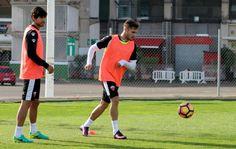 """Correa: """"Me gustaría dejar al Elche C.F. en Primera cuando vuelva al Espanyol"""" El lateral asegura que """"el Elche es un Club muy grande y un escaparate de lujo"""". @Elche #9ine"""