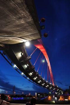 Taipei Rainbow Bridge  @ Songshan District, Taipei City, Taiwan (R.O.C.)   To travel Taiwan (Asia), please visit the website: timefortaiwan.tw/EN