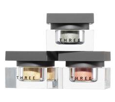 THREE | POINT MAKEUP | EYE COLOR | THREE シマリング カラーヴェール | THREE カラー:02がオススメ