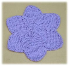 Ravelry: Flower Petals pattern by Knitwits Heaven Knitted Washcloth Patterns, Knitted Washcloths, Dishcloth Knitting Patterns, Knit Dishcloth, Lace Knitting, Crochet Patterns, Knit Lace, Cute Sewing Projects, Yarn Projects