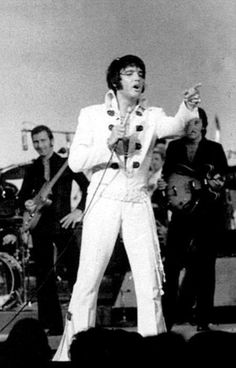Elvis - The King on stage