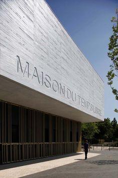 Maison du Temps Libre à Stains / Gaetan Le Penhuel Architectes