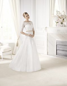 Find beautiful wedding gowns, wedding dress, couture wedding gowns in Melbourne and lace wedding dresses australia, alex perry wedding dresses, lace wedding La Sposa Wedding Dresses, Latest Wedding Gowns, Buy Wedding Dress Online, Making A Wedding Dress, Wedding Dresses Plus Size, Unique Dresses, Bridal Dresses, Backless Wedding, Boat Neck Wedding Dress