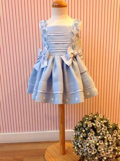 Dresses Kids Girl, Flower Girl Dresses, Girls, Toddler Dress, Baby Dress, Little Fashion, Kids Fashion, Simple Frocks, Dress Anak