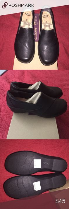 Clarks Esha Clair (NIB) Clarks Esha Clair (NIB) size 9 black leather. Never worn. Clarks Shoes Mules & Clogs