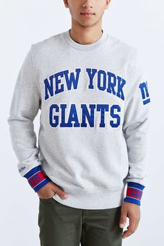Mitchell & Ness New York Giants Team Sweatshirt - Urban Outfitters