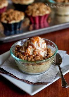 Links to Food Blogs: Caramel Apple Streusel Tarts