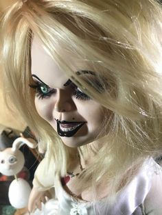Artículos similares a Do not buy! RESERVED for Sam Custom made to order Tiffany Bride of Chucky doll repaint service en Etsy Bride Of Chucky Doll, Bride Of Chucky Costume, Tiffany Bride Of Chucky, Heather King, The Jersey Devil, Bride Pictures, Horror Movie Characters, Arte Horror, Hand Made