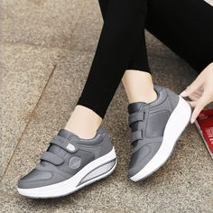 Buy Shoes Online, Lace Up Flats, How To Make Shoes, Pointed Toe Flats, New Shoes, Women's Shoes, Shoe Brands, Womens Flats, Comfortable Shoes