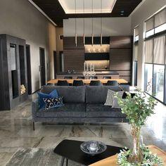 Tuusulan Asuntomessujen mediapäivä on onnistuneesti takana ja Lakka Kivitalojen Villa Sudenpesässä kävi runsaasti vierailijoita. Kiitos kaikille paikalla käyneille!  #lakkakivitalot #asuntomessut2020 #iisa_design #sallakeittio #isku #pentik #vallila Takana, Sofa, Couch, Penne, Furniture, Design, Home Decor, Settee, Settee