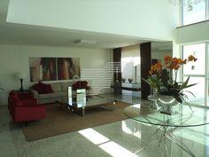 Sala. Apartamento no Batel. Edifício Rio Albany. Curitiba - Paraná.