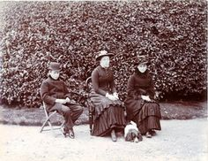 Bertram Potter, Annie Carter (later Mrs. Moore), and Beatrix Potter at age 17 with her spaniel Spot, 1883.  | Cotsen Children's Library. Department of Rare Books and Special Collections. Princeton University Library. Photography: Princeton University Library.