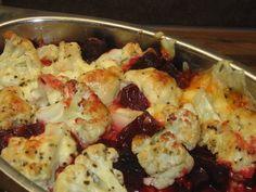 Kukkakaali punajuuri gratiini Cauliflower, Vegetables, Food, Cauliflowers, Essen, Vegetable Recipes, Meals, Cucumber, Yemek
