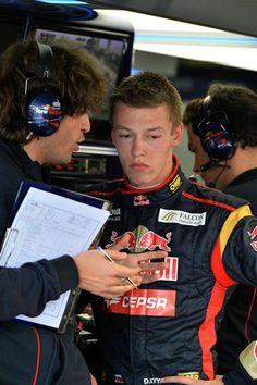 Toro Rosso Pilot: Daniil Kvyat
