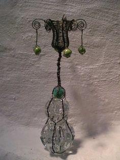 Metalltrådarbeid Belly Button Rings, Drop Earrings, Jewelry, Velvet, Jewels, Schmuck, Drop Earring, Jewerly, Belly Rings