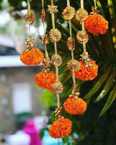 20 Most Vibrant Haldi Decor Ideas For Your Wedding. Diwali Decoration Items, Thali Decoration Ideas, Diwali Decorations At Home, Decoration For Ganpati, Festival Decorations, Decor Ideas, Diwali Diy, Diwali Craft, Desi Wedding Decor