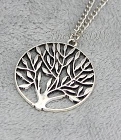 Lucky tree Necklace-Antique Silver Charm Necklace--Friendship Gift, Bridesmaid gifts,Beadwork Necklaces,bibNecklaces