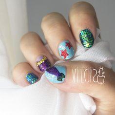 Mermaid and starfish nail design. Diseño de uñas de sirena y estrellas de mar. By Vilcis