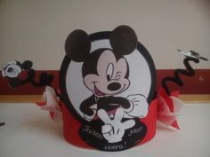 Verjaardagsmuts mickey Birthday Crowns, Boy Birthday, Hero Crafts, Kids Playing, Milan, Minnie Mouse, Disney Characters, Fictional Characters, Party