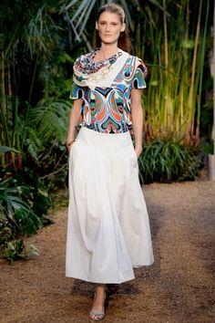 HERMES - LE DÉFILÉ PRINTEMPS-ÉTÉ 2014 – FASHION WEEK DE PARIS http://fashionblogofmedoki.blogspot.be