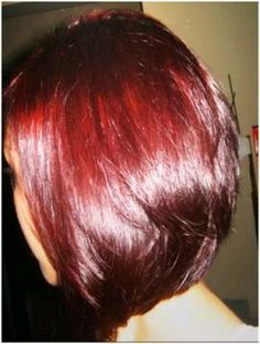 Red Hair - Burgundy Hair Color Think I may try this! Red Henna Hair, Henna Hair Dyes, Dyed Hair, Color Borgoña, Red Hair Color, Burgundy Color, Natural Hair Styles, Short Hair Styles, Cute Hairstyles For Short Hair
