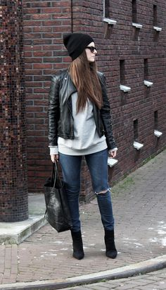 http://www.fashion-mind.com/search?updated-max=2012-12-12T13:36:00+01:00