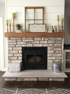 Mantel With Metal Brackets - Fireplace Mantel or - Mantle - Rustic Mantle - Floating - Barn Wood - Barn Beam - Custom Lengths - Șemineu modern - Farmhouse Fireplace Mantels, Shiplap Fireplace, Small Fireplace, Rustic Fireplaces, Home Fireplace, Fireplace Remodel, Fireplace Design, Fireplace Stone, Custom Fireplace