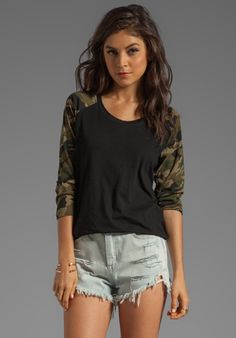 MUST BUY THIS!!! LOVERS + FRIENDS For REVOLVE Basball Tee in Black/Camo at Revolve Clothing Camo Outfits, Lovers And Friends, Country Outfits, Baseball Tees, Revolve Clothing, Playing Dress Up, Dress Me Up, Dress To Impress, Casual Dresses