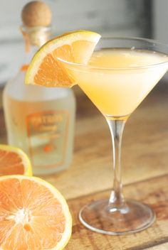 The Pale Island Sky: A Grapefruit Crush Cocktail @FoodBlogs