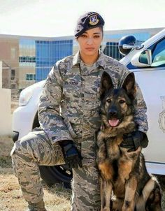 Veterans Day is celebrated on March which is the date that the US Army Corps was founded in Spread the word and help honor the dogs who serve. Here are five out of the countless military dogs who deserve our respect. Military Working Dogs, Military Dogs, Military Girl, Police Dogs, Military Veterans, Military Police, Mädchen In Uniform, War Dogs, Female Soldier