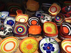 Cores nas cerâmicas de Valência, Espanha