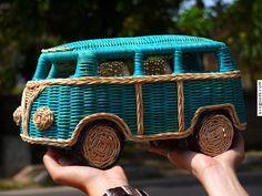 VW bus Ratan Basket