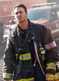 Taylor Kinney in character on 'Chicago Fire'  | Shared by LION
