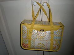 Dawn bought me a diaper bag like this. She would always remind me to get it when we were leaving. She would always threaten me by telling me she was going to get it personalized so everyone would knew it was MY Diaper Bag. Baby Memories, Childhood Memories, Retro Baby, Vintage Nursery, Baby Diaper Bags, Baby Yellow, Vintage Toys, Retro Vintage, Baby Bottles