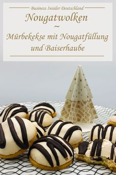 Nougatwolken — Zarte Mürbekekse mit Nougatfüllung und luftiger Baiserhaube Are you still looking for a more noble Cookie variant for Christmas? Then try our nougat clouds – delicate meringue biscuits with nougat filling and an airy meringue bonnet. Shortbread Biscuits, Cookies Et Biscuits, Days Before Christmas, Meringue Cookies, Pumpkin Spice Cupcakes, Cakes For Boys, Cream Cake, Relleno, Christmas Cookies
