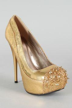 Gold glitter & studded pumps....OMG Urbanog.com