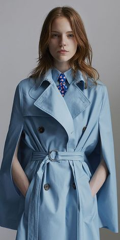 CÉLINE 2014 Spring ready to wear Lagoon Cotton Poplin Coat Celine, Casual Chic, Preppy Style, My Style, Mode Chic, Fashion Details, Spring Fashion, Women's Fashion, Ready To Wear
