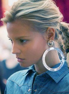 statement circle. #thenewandthenow #jewelry #earrings