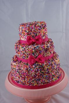 Buttercream cake covered in sprinkles with pink bows for a girls birthday. You could use other color sprinkles for a boy's birthday too! Crazy Cakes, Fancy Cakes, Cute Cakes, Pretty Cakes, Beautiful Cakes, Amazing Cakes, Bolo Original, Bolo Grande, Cake Cover