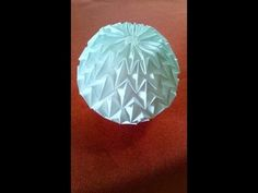How to fold the origami Fireworks. Origami Ball, Origami Paper, Diy Paper, Paper Art, Paper Crafts, Origami Flowers Tutorial, Flower Tutorial, Origami Videos, Rainbow Star