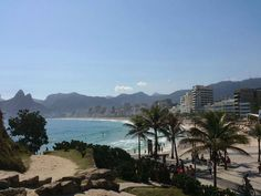 Saudades Rio!  #riodejaneiro #rj #errejota #brasil #brazil #viajabrasil #instatravel #trippics #praia #playa #beach #cidademaravilhosa #turismobrasil #brazilianbeaches #viagem #viaje #trip #viajeros #travelers #viajantes by terrasporondeandei
