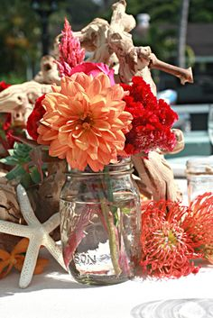 Great beach wedding centerpiece - change the colours to suit you