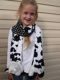 Stuffed animal scarf: For the stuffed animal lover/ slash cold weather liver.
