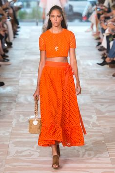 SPRING 2017 RTW TORY BURCH COLLECTION