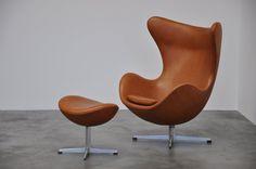 :: Arne Jacobsen, Egg chair for Fritz Hansen, 1958 ::