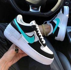 Jordan Shoes Girls, Girls Shoes, Jordan Sneakers, Nike Sneakers, Sneakers Women, Shoes Women, Work Sneakers, Jordan Outfits, Adidas Shoes