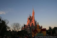 Parade at sunset- what a nice color   http://www.theorlandovacationstore.com/